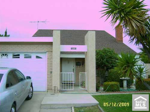 WOW!!  Very PINK... Photoshop was not this person's friend... sometimes less is more when using photo editing software!  This California home is listed for $409,000.