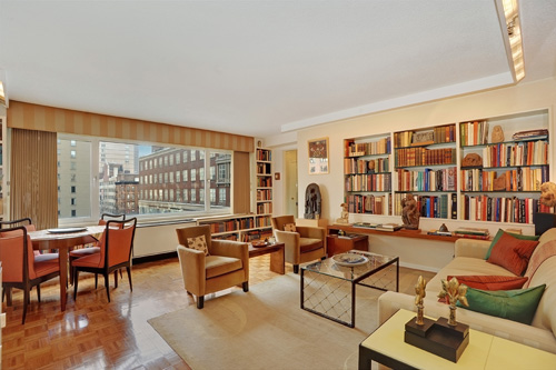 This beautiful home in NYC is listed for $525,000 by Froso Beys of The Corcoran Group.  Please click the photograph to view more of this listing.